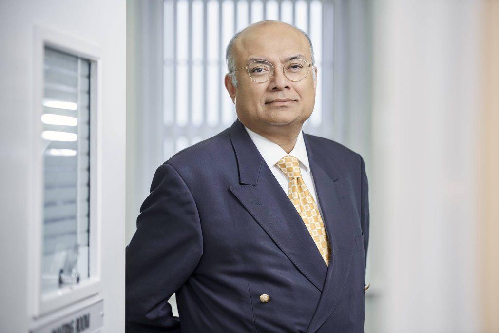 Dr Ash Dutta